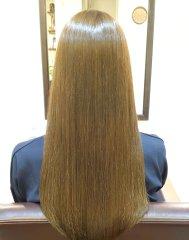 ハイトーンカラー+艶髪再生トリートメント
