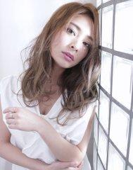 小顔カット+☆キラリ☆イルミナカラーMATSUDA