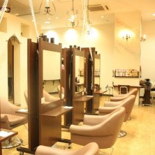 HAIR WORKS bona. ウニクス店(ヘーワークスボナ)