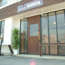 HAIR MAKE REVOEUX(レヴー)