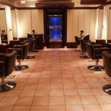 ANTEnNA HairResort 白金台店(アンテナヘアリゾート)