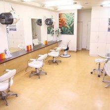 美容室M&Co.(エムアンドカンパニー)