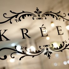 KREES(クレース)