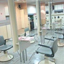 ワタナベ美容室中央店(ワタナベビヨウシツチュウオウテン)