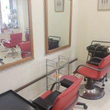 Charis~salon de coiffure~(カリスサロンドコアフュール)