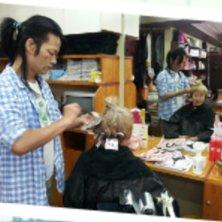 hair&self salon Aki(ヘアアンドセルフサロンアキ)