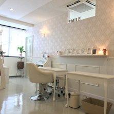 Emile nail salon&school(エミルネイルサロンアンドスクール)