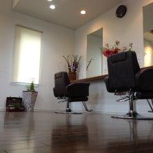delapan hair salon(ドゥラパン ヘアーサロン)