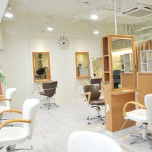 NINA Beauty Salon(ニーナビューティサロン)