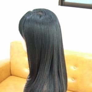2・3カ月に一回ストレートをかけています。定期的にかけても髪への負担が少ないです。