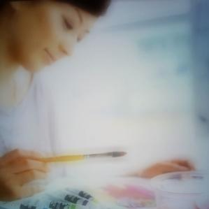 絵の具のような鮮やかな色で自分らしさを見つけませんか?