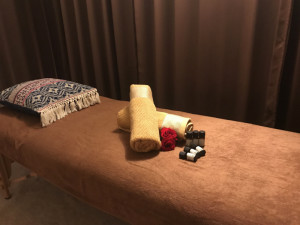 花の色~Hanayiro  Relaxation~京都烏丸(ハナノイロ ハナイロ リラクゼーション キョウトカラスマ)
