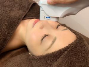 Salon B OHLハーブピーリング/エレクトロポレーション小顔&痩身(サロンビー)