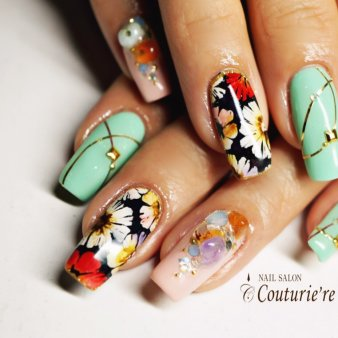 NAIL SALON Couturie're(ネイルサロンクチュリエール)