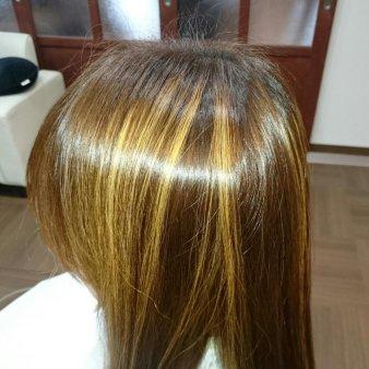 Hair & Caf'e VALEUR(ヘアアンドカフェヴァルール)