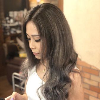 Richromatic hair studio(リクロマティックヘアスタジオ)