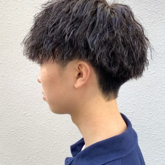 R-EVOLUT hair(レボルトヘアー)