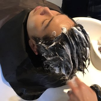 confidence -MEN'S HAIR-(コンフィデンスメンズヘア)