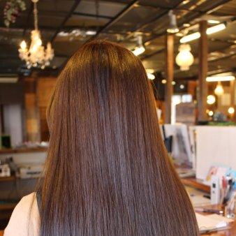 HAIR DESIGN freude(ヘアーデザインフロイデ)
