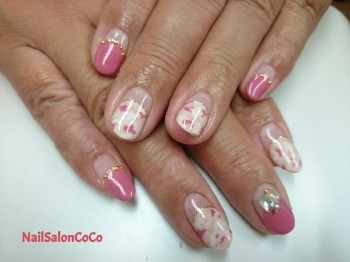 ピンクでカモフラージュ柄♪♪