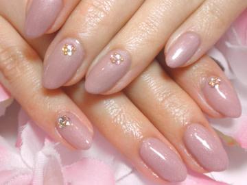【2017秋冬】ゆるふわ♪くすみピンクの大人ネイル