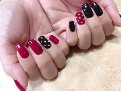 赤×黒 スタッズネイル