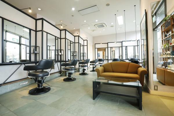 Hair Designing comme Matisse(ヘアー デザイニング コム マティス)