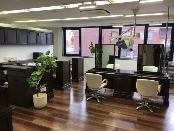 美容室PLAZA 富雄店(ビヨウシツプラザトミオテン)