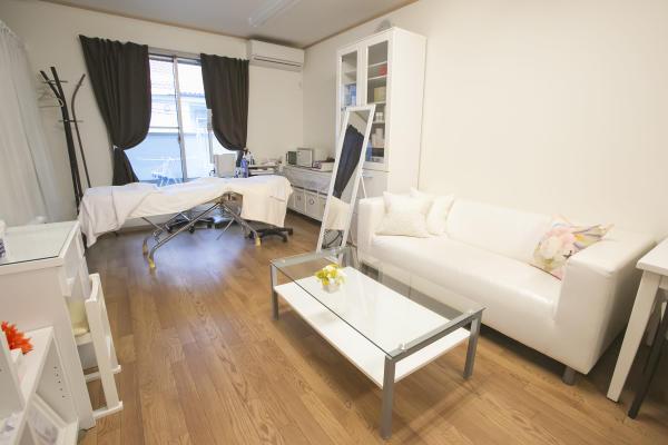 private salon Lilyet(プライベートサロンリリエ)